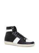 Saint Laurent Signature Court Sneakers In White And Black Leather - White/black