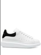 Alexander McQueen Woman White Oversize Sneakers With Black Crocodile Effect Spoiler - White/black