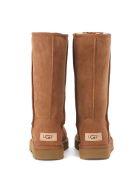 UGG Classic Ii Brown Sheepskin Boots. - Brown