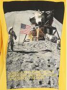 Calvin Klein 'moon Landings' T-shirt - Giallo