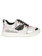 M.O.A. master of arts Logo Print Sneakers - Multicolor