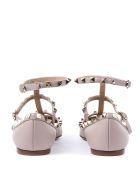 Valentino Garavani Powder Leather Rockstud Caged Ballet Flat - Poudre