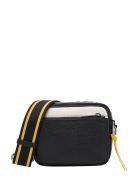 Givenchy Mc3 Shoulder Bag - Black