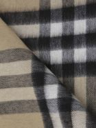 Burberry Double-sided Scarf With Tartan Motif - Beige