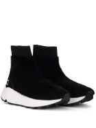 D.A.T.E. Dafne Fur Black Leather And Eco Fur Sneaker - Black