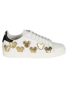 M.O.A. master of arts Moa Master Of Arts Patched Sneakers - white