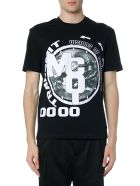 Mcq By Alexander Mcqueen T-shirts BLACK AND WHITE PRINTED COTTON T SHIRT