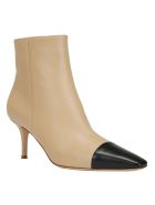 Gianvito Rossi Lucy Bootie - Black nude
