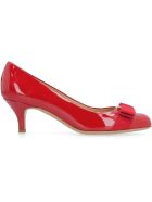 Salvatore Ferragamo Patent Leather Pumps With Vara Bow - red