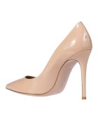 Gianvito Rossi Pointed Toe Pumps - Nude