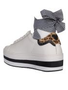M.O.A. master of arts Master Of Arts Studded Sneakers - B