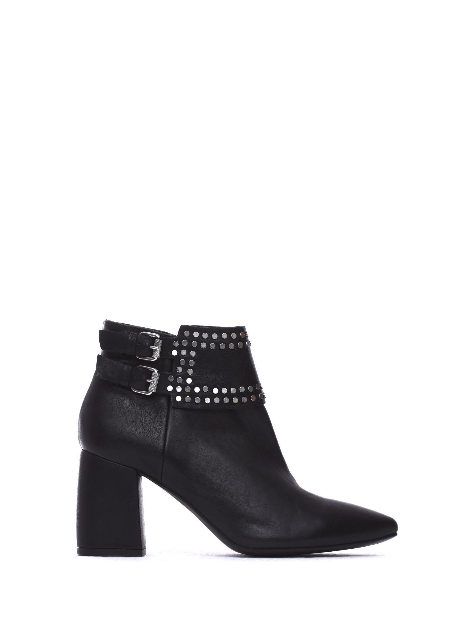 Janet & Janet Matilde Black Ankle Boots
