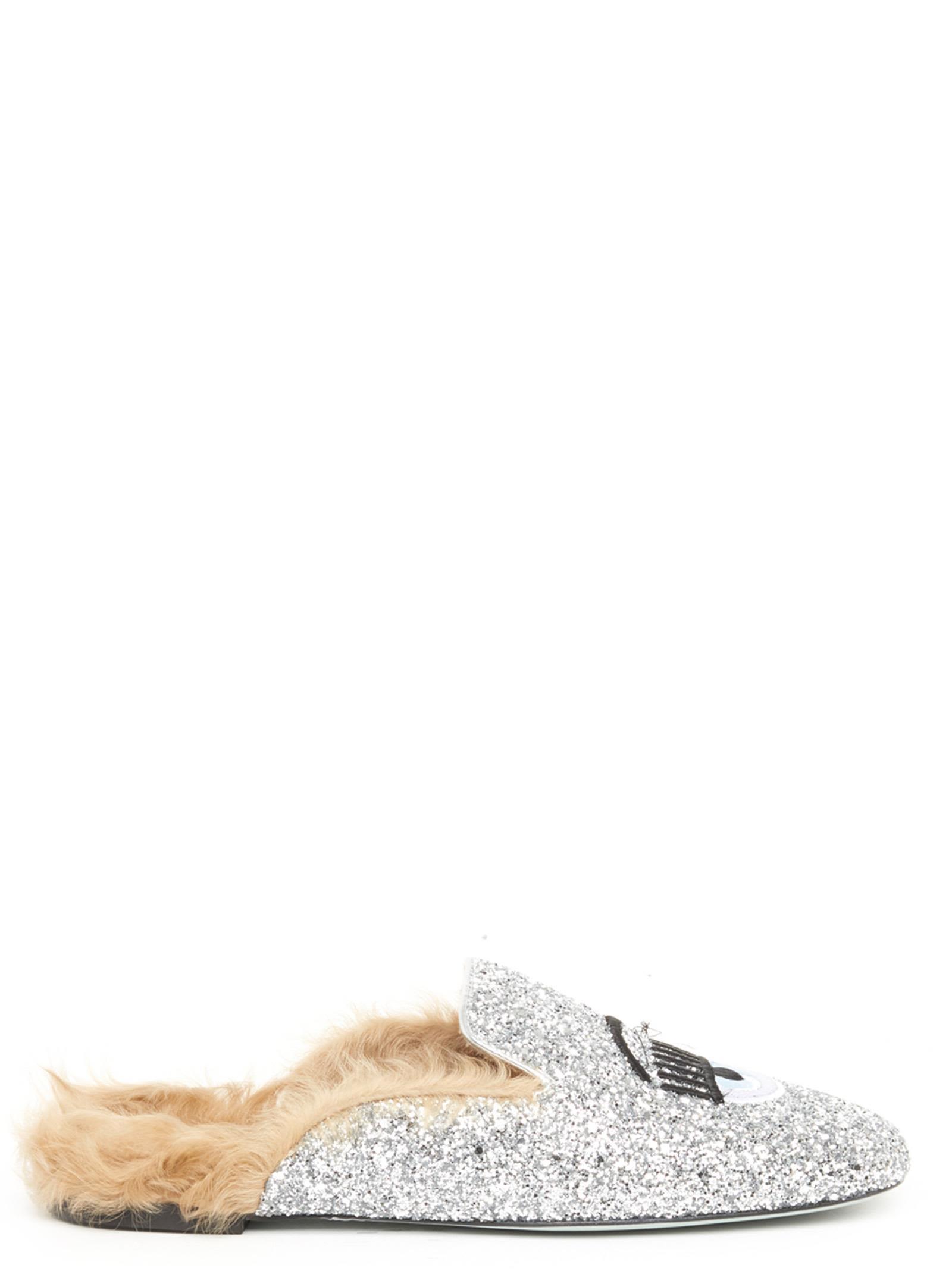 Chiara Ferragni 'flirting' Shoes