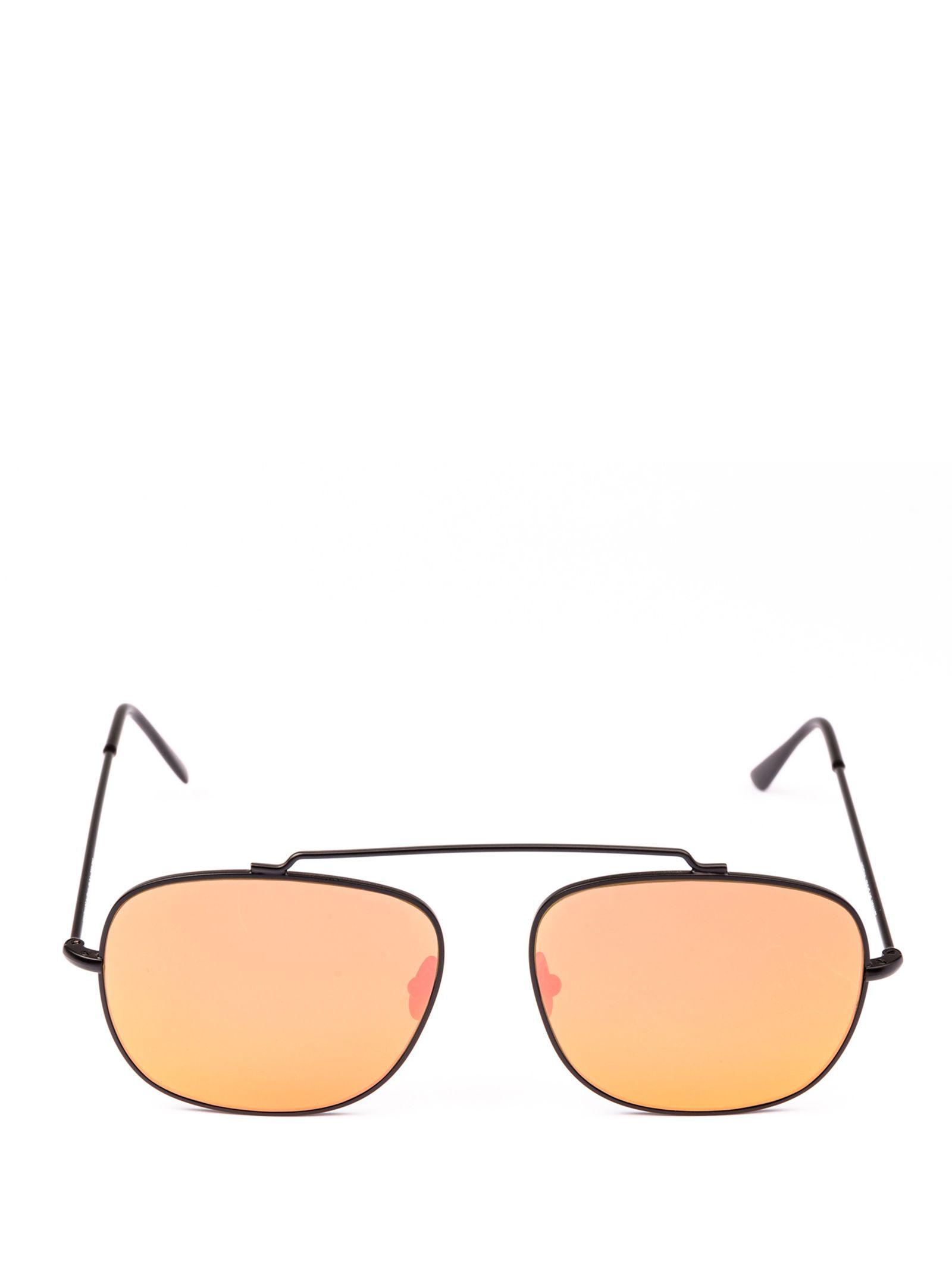 SPEKTRE Sunglasses in Mo01Dft