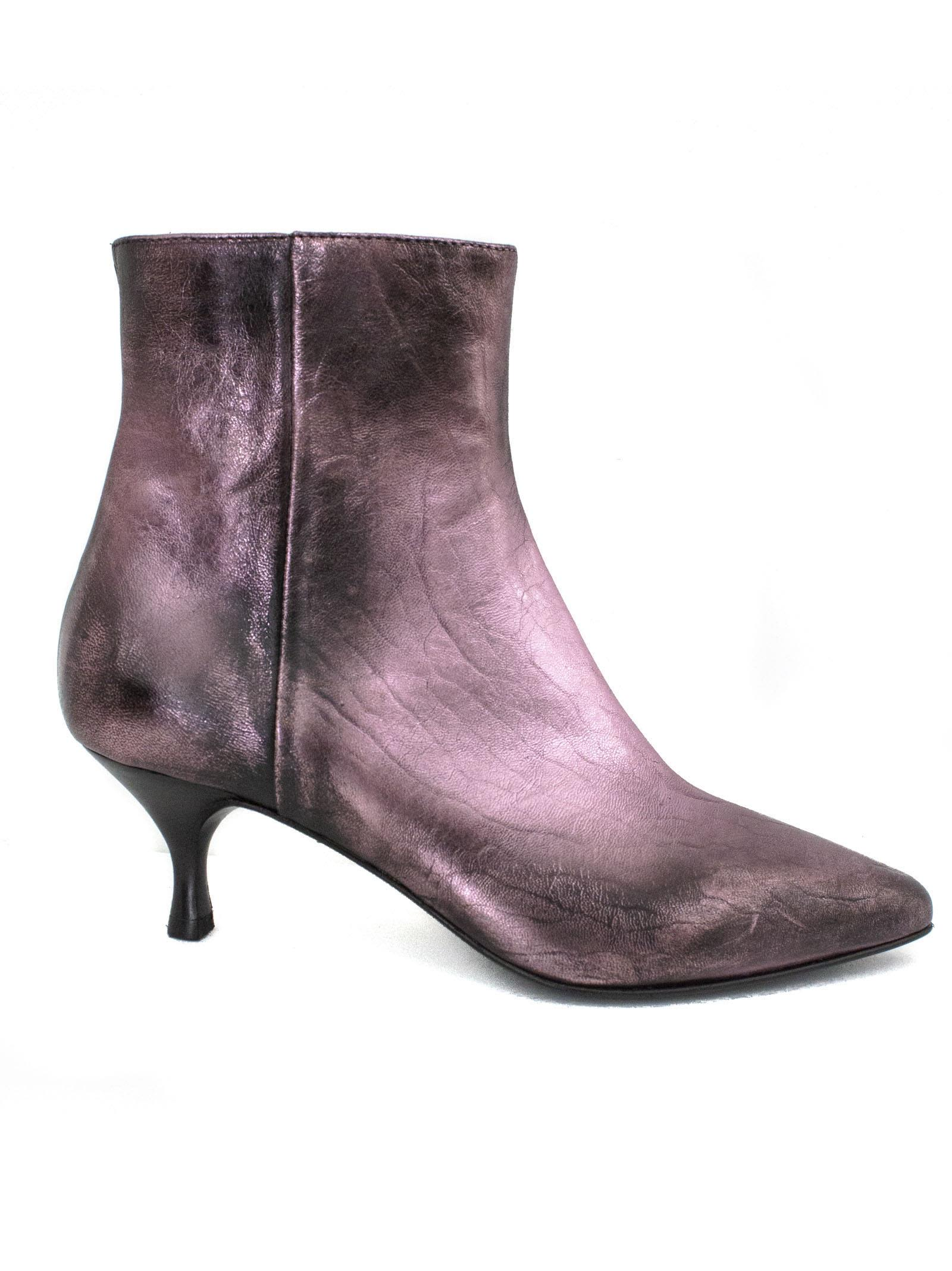 Strategia Spritz Ankle Boot In Pink Metallic Leather.
