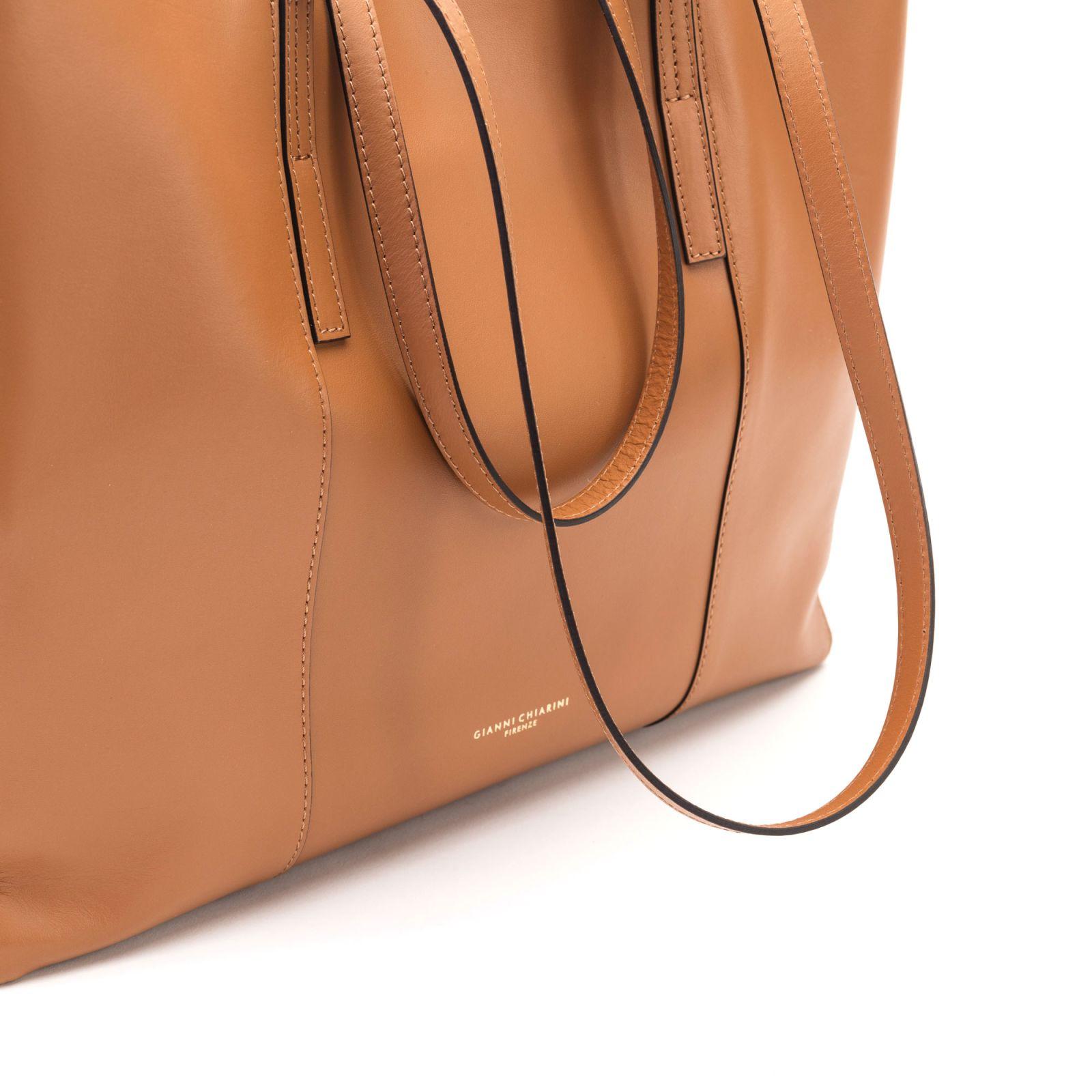 929794a235 Gianni Chiarini Gianni Chiarini Leather Tote Bag - LEATHER ...