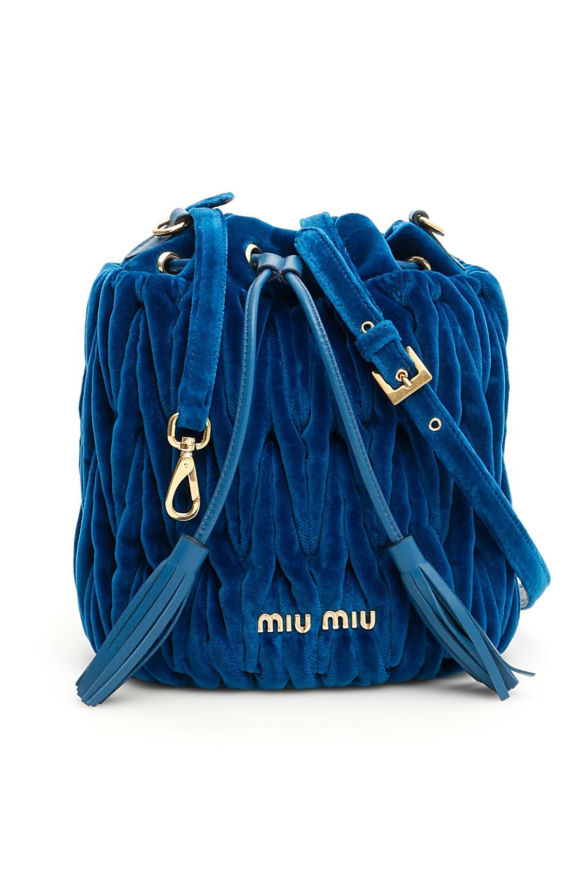 a5ad580d107 Miu Miu Miu Miu Velvet Matelassé Bucket Bag - COBALTO