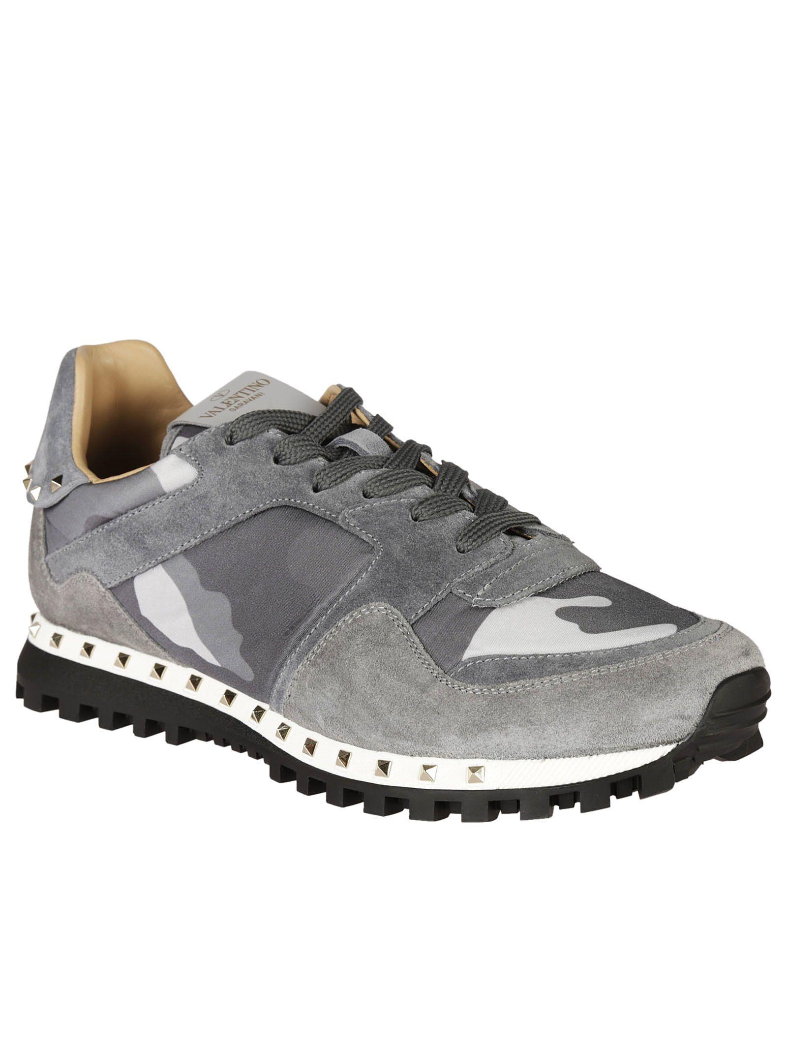 Valentino Garavani Valentino Garavani Rockstud Camouflage Sneakers - Gray - 6622247 | italist