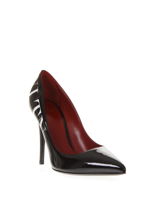 a8d42dbdaf62 Valentino Garavani Valentino Garavani Black Leather Vltn Logo Pumps ...