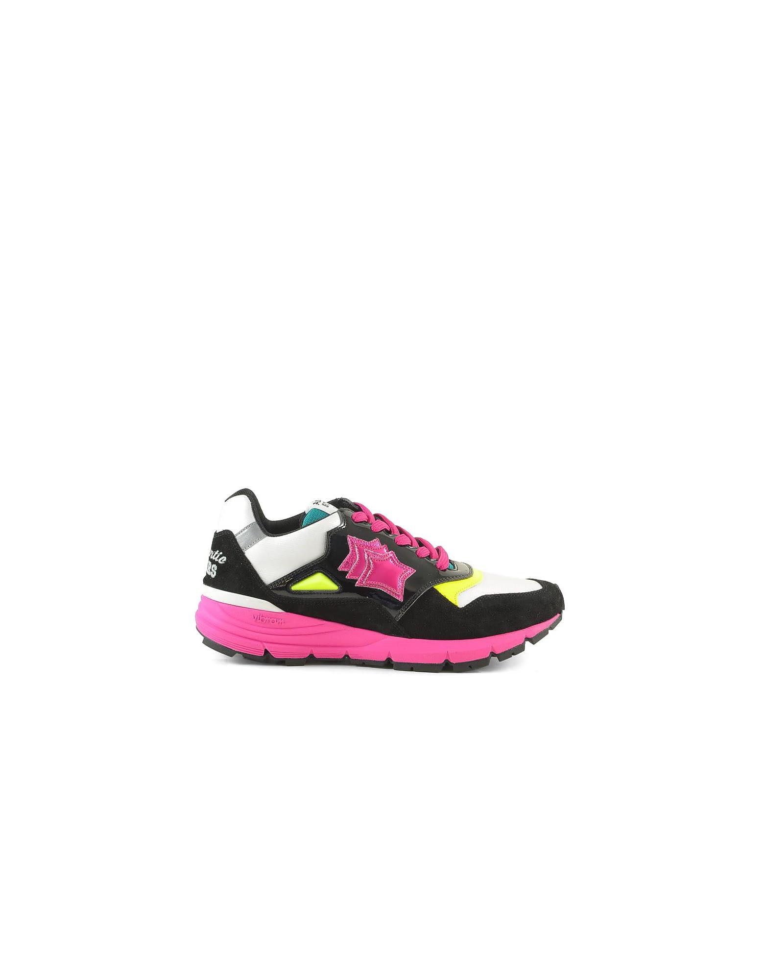 Black Sneakers W/pink Rubber Sole