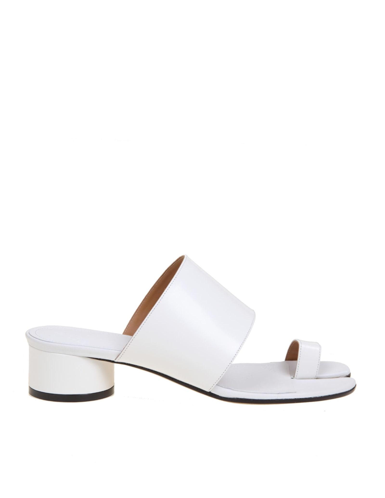 Maison Margiela Tabi Slippers In White Leather
