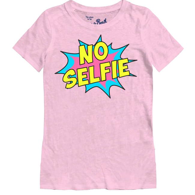 No Selfie Print T-shirts For Women