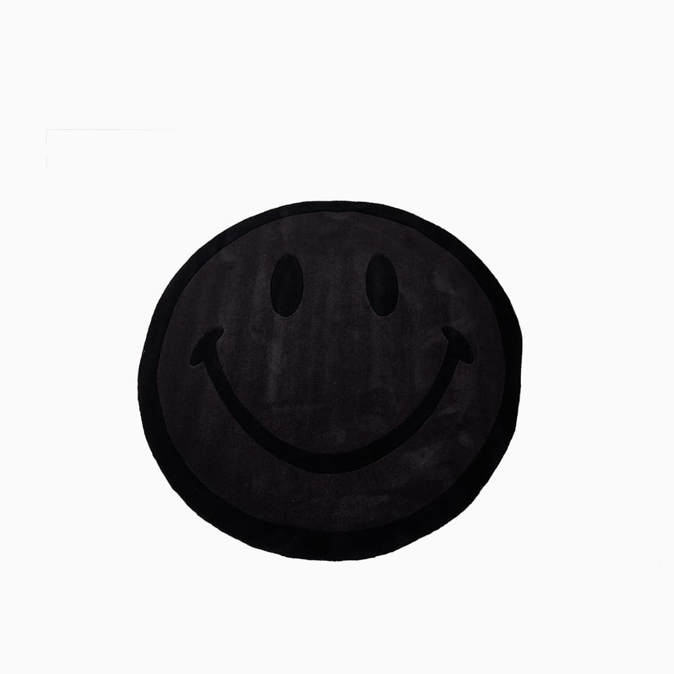 Monochtome Smiley Mat 260174