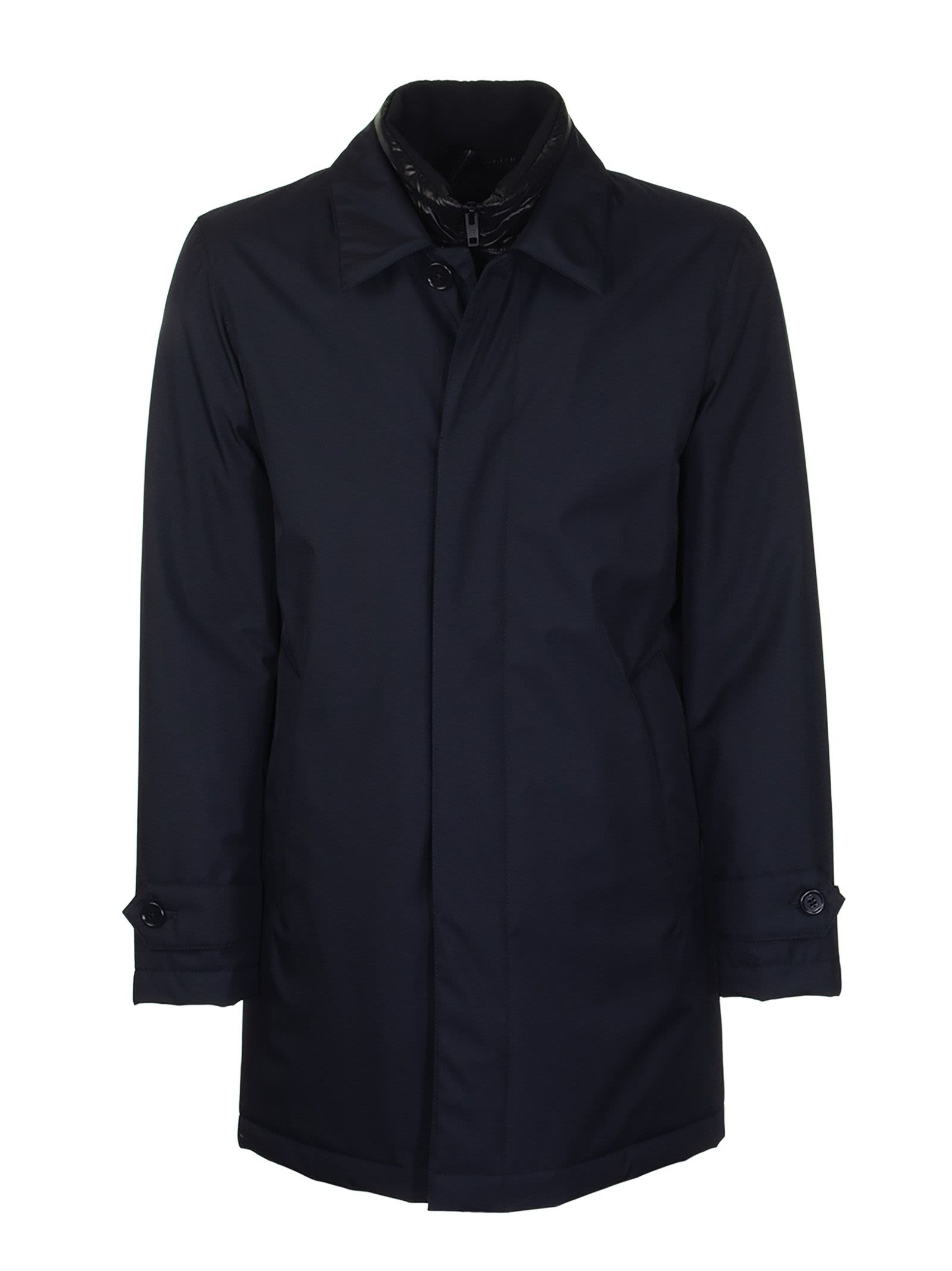 Raincoat in high-tech fabric with double front construction, zip and button fastening and slanted pockets. Ideal for an on-trend gentleman, with hints of standard, classic elegance. Composition: SHELL:100%POLYESTER LINING:100% POLYAMIDE FILLING:100%POLYESTER