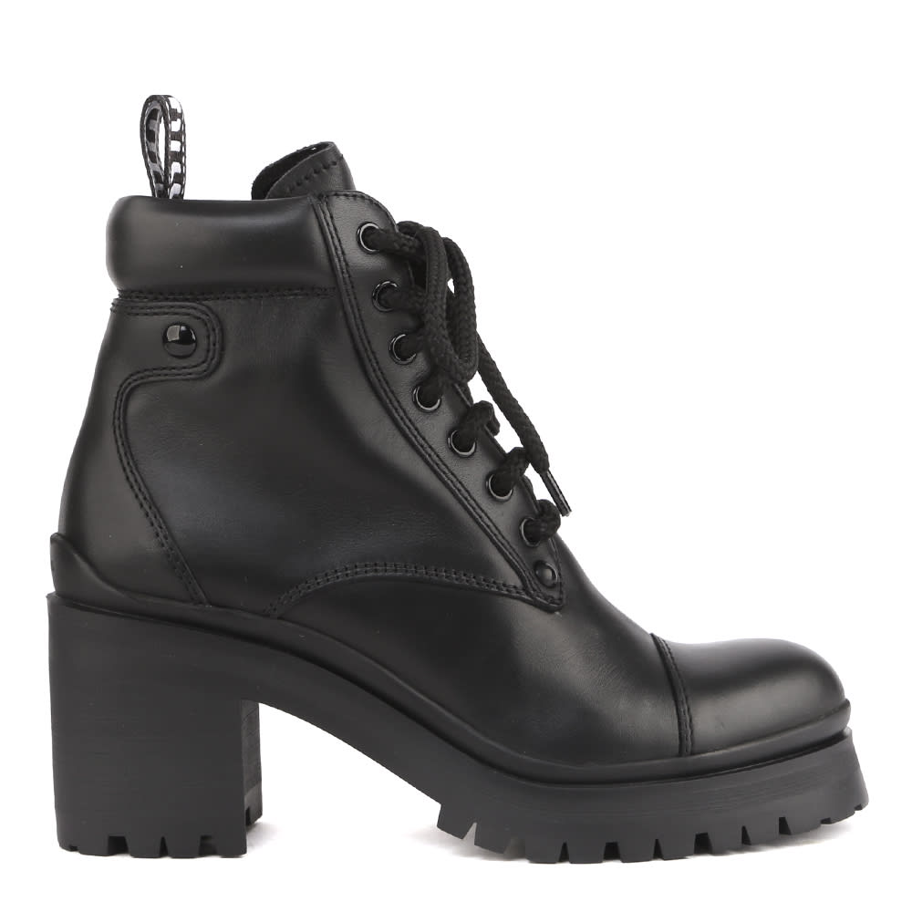Miu Miu LACE-UP ANKLE BOOTS IN CALFSKIN
