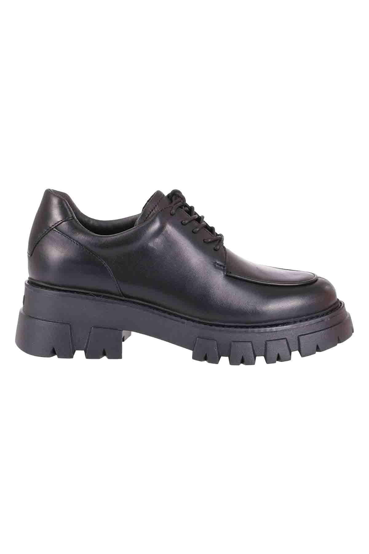 Ash Laced Shoes