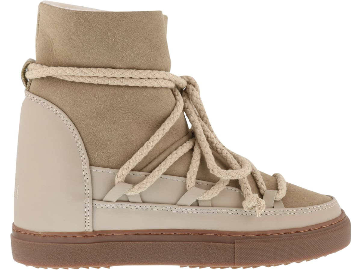 Classic Wedge Snow Boot