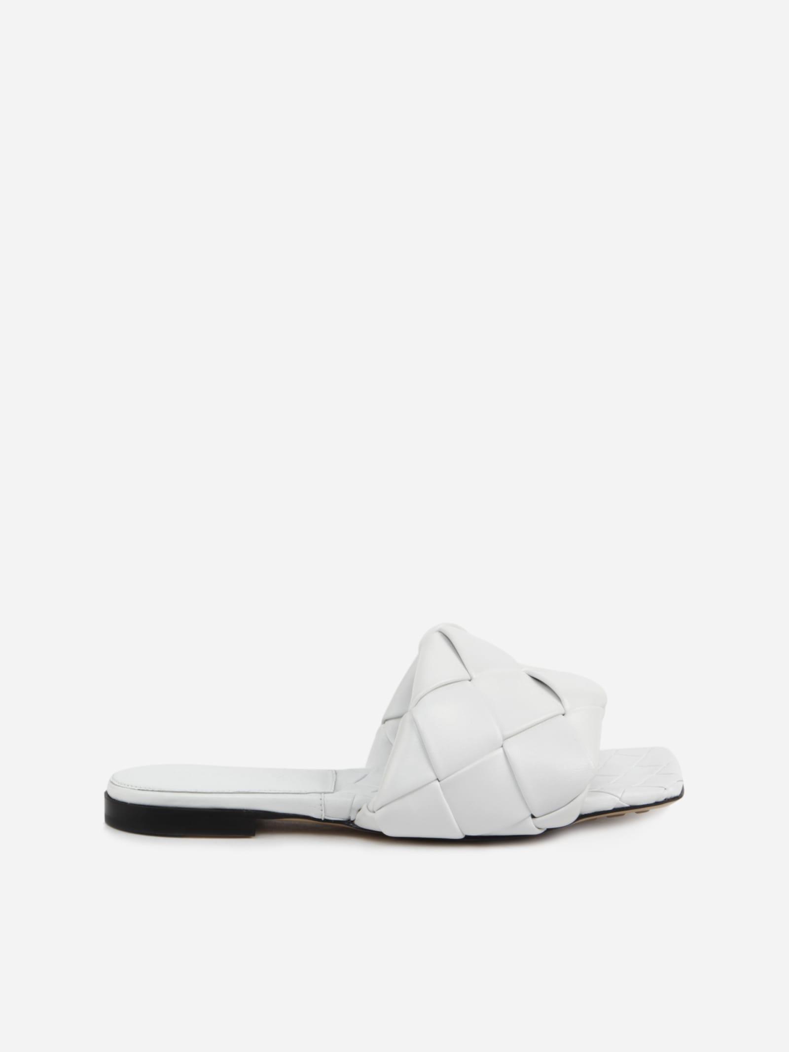 Buy Bottega Veneta Lido Flat Sandals In Leather With Woven Pattern online, shop Bottega Veneta shoes with free shipping