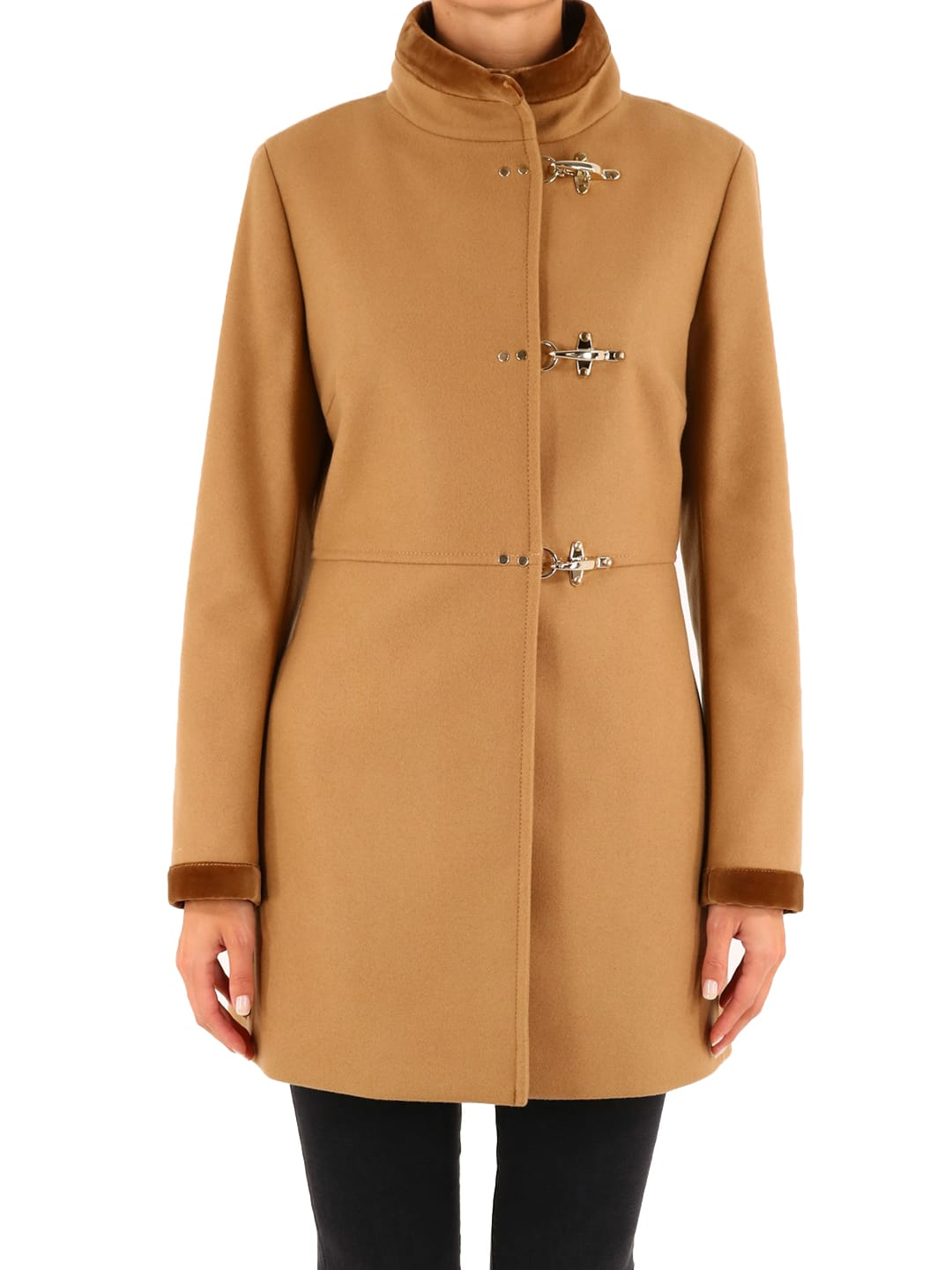Virginia coat with iconic three-hook closure and welt pockets. Made of virgin wool blend cloth with velvet profiles. The model is 1. 78 tall and wears size S 40IT / 26US / 36FR / 8UKComposition: 80% Virgin Wool, 20% Polyamide