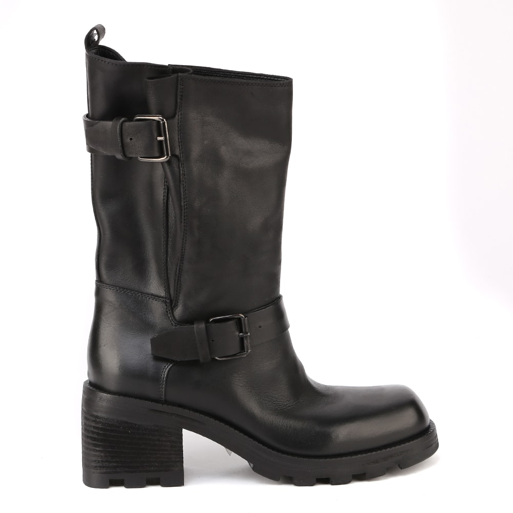 Leather Combat Boots With Buckles