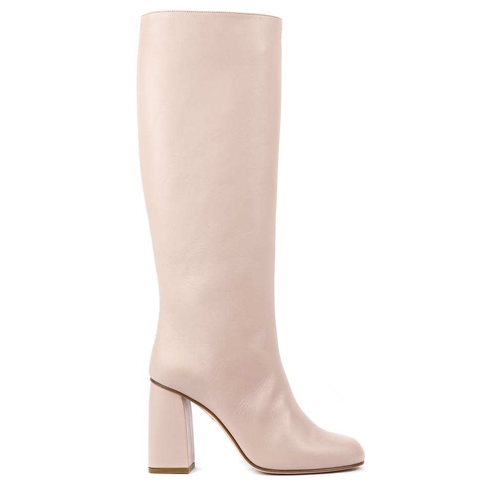 Light nude Nude Leather Boots from RED Valentino -Made of calf leather -Pull-on style -Chunky heel -Made in Italy -Color: Nude -100% Calfskin Heel: 90mm