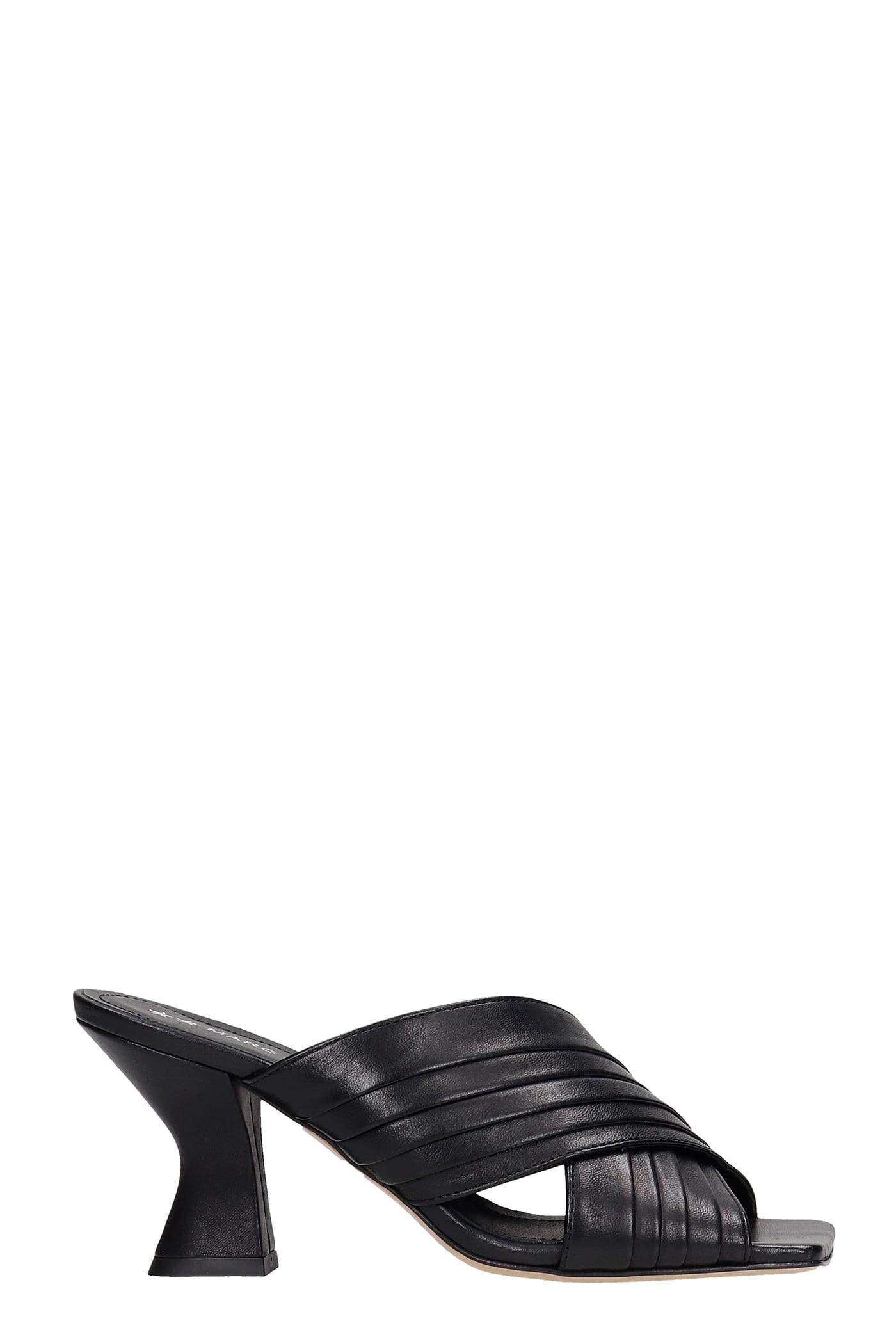 Dolly Sandals In Black Leather