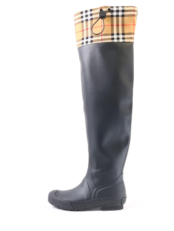 7d5f5981e2d74 Burberry Rain Boots Vintage Check