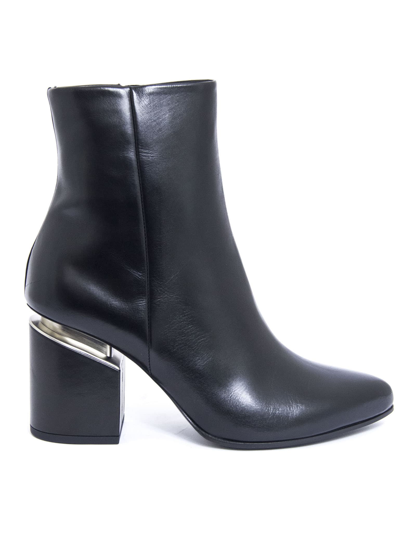 Vic Matie Black Leather Ankle Boot In Nero