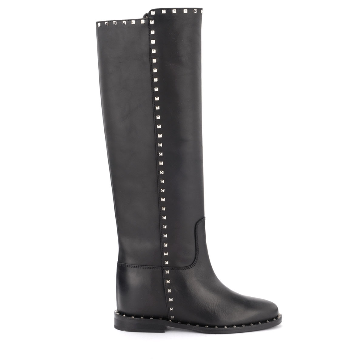 Via Roma 15 BOOT IN BLACK LEATHER WITH PYRAMIDAL STUDS