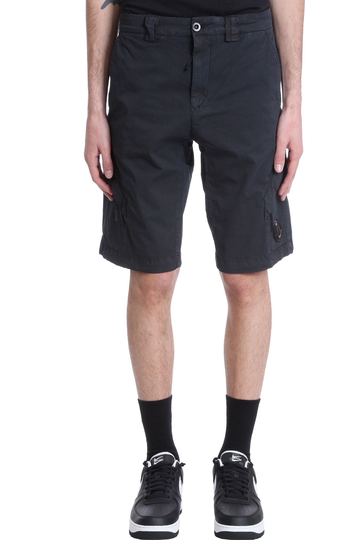 C.p. Company Cottons SHORTS IN BLACK COTTON