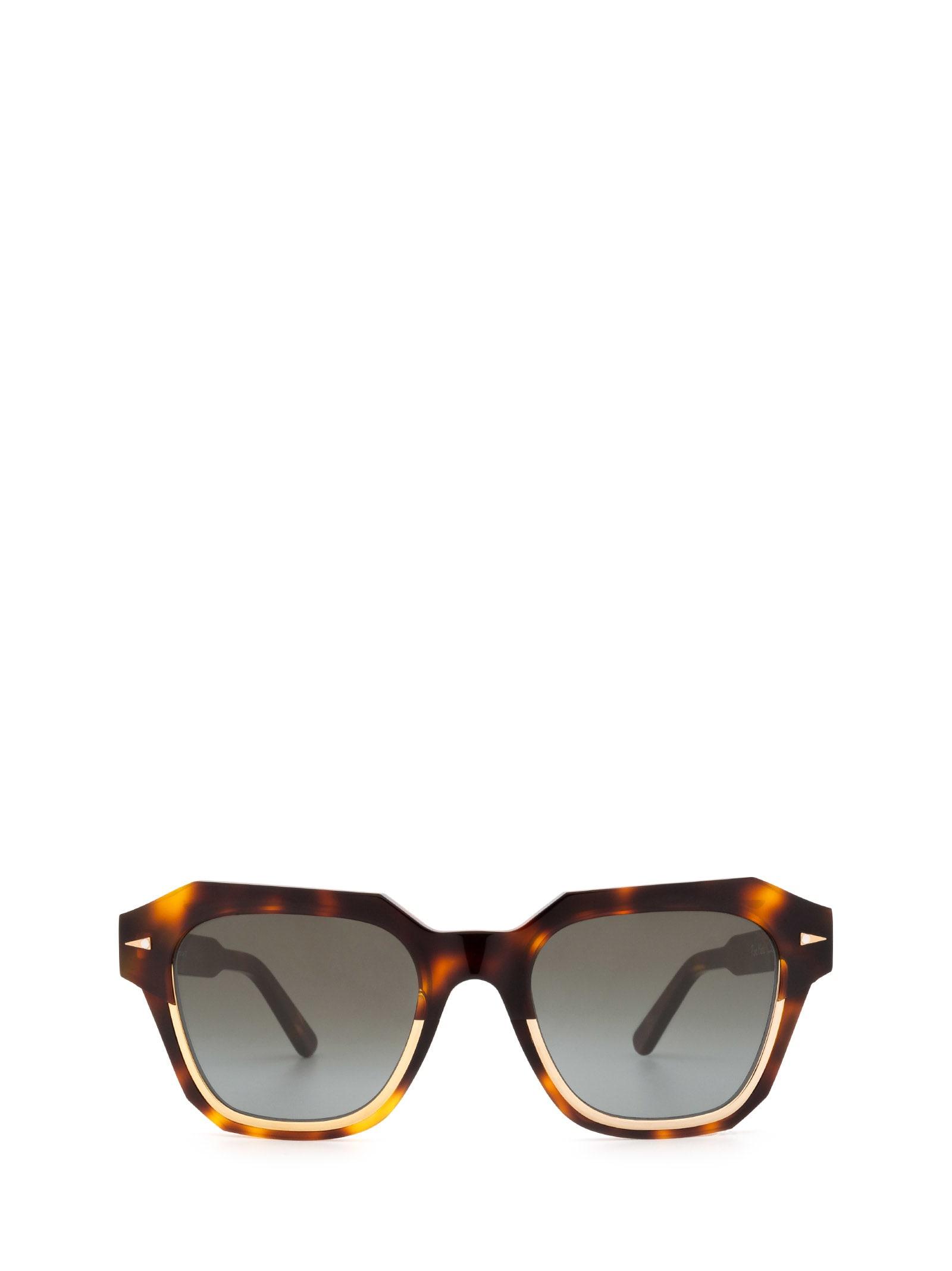 Ahlem Pont Marie Classic Turtle Sunglasses