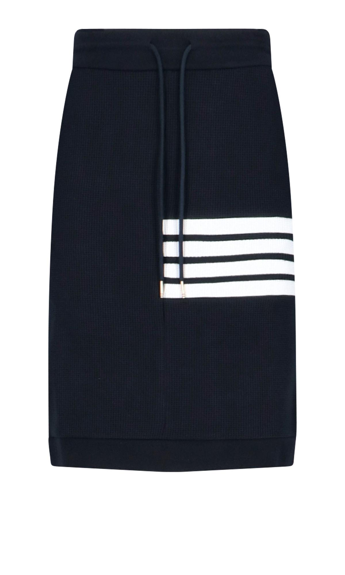 4-bar Skirt