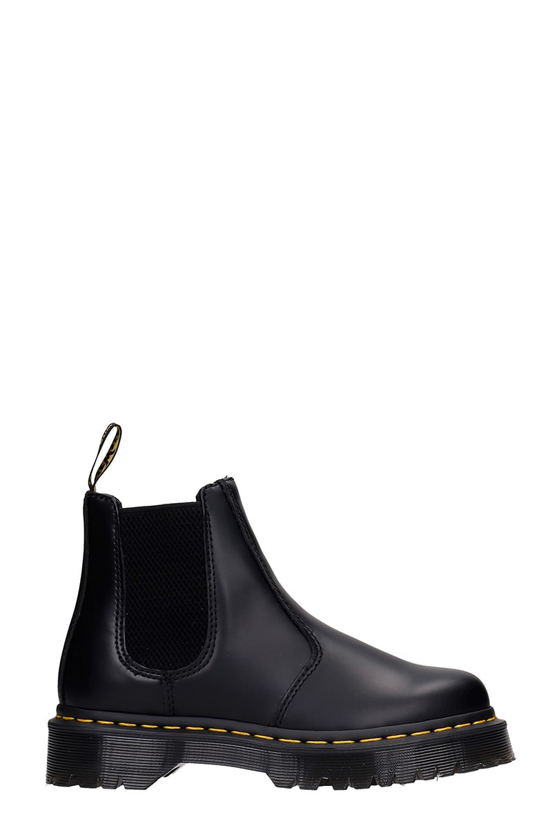 Dr. Martens LOW HEELS ANKLE BOOTS IN BLACK LEATHER