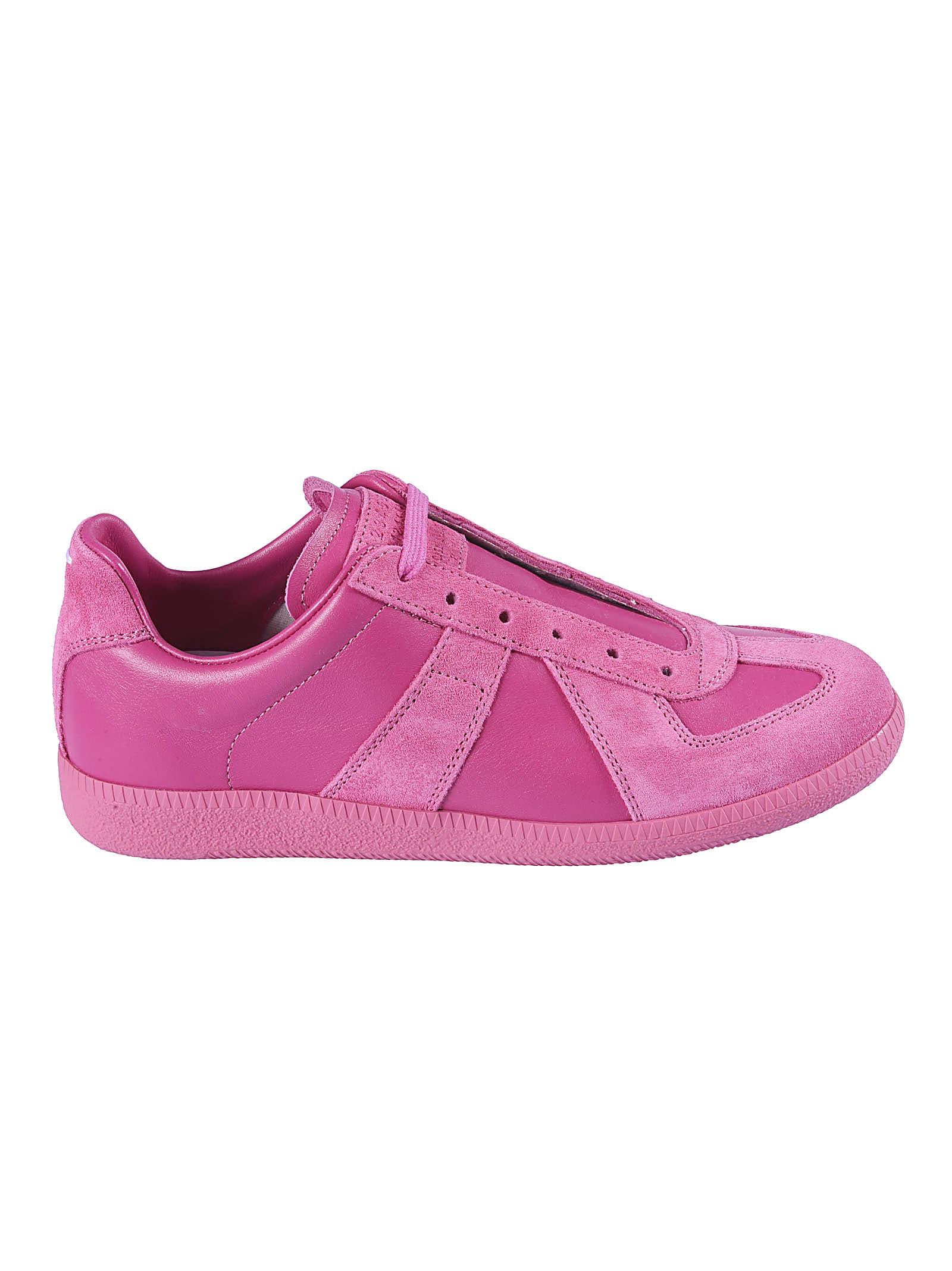 Buy Maison Margiela Classic Paneled Sneakers online, shop Maison Margiela shoes with free shipping