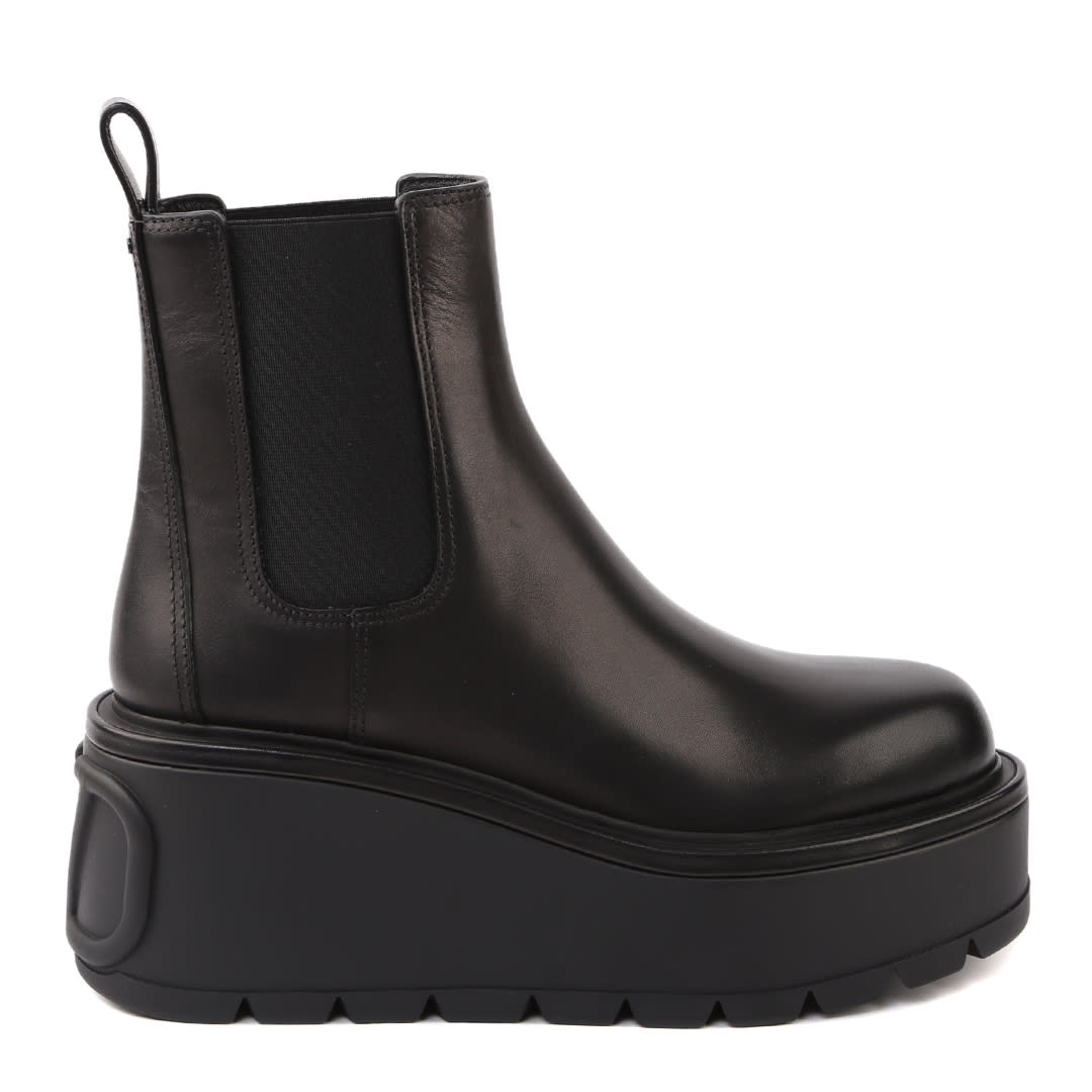 Valentino Garavani Black Uniqueform Leather Ankle Boot
