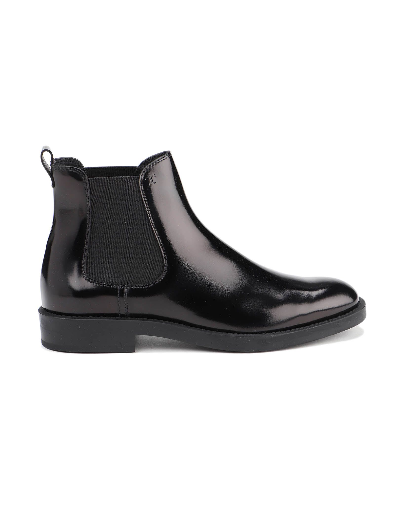 Elastic Side Glossy Boots