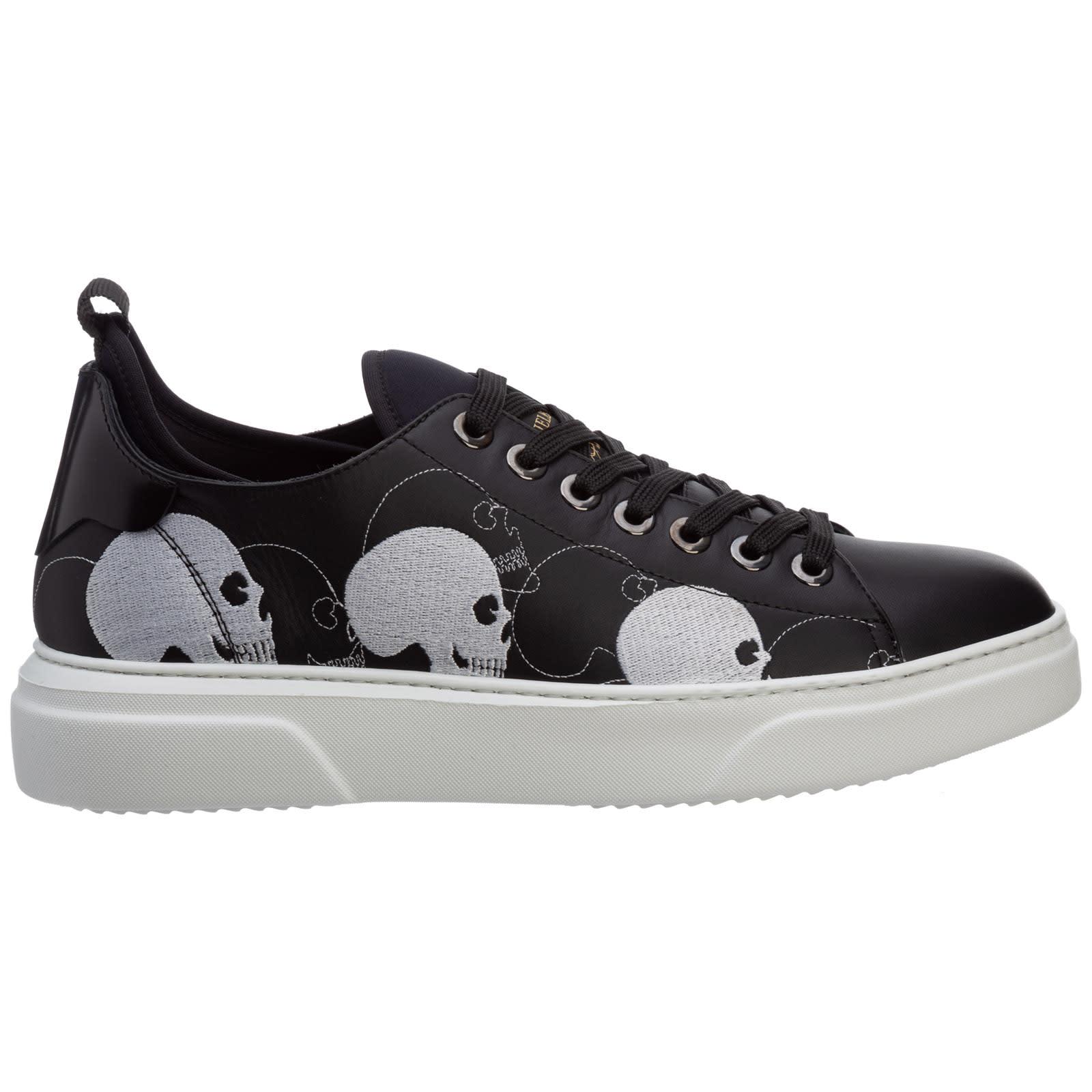 Eze Sneakers