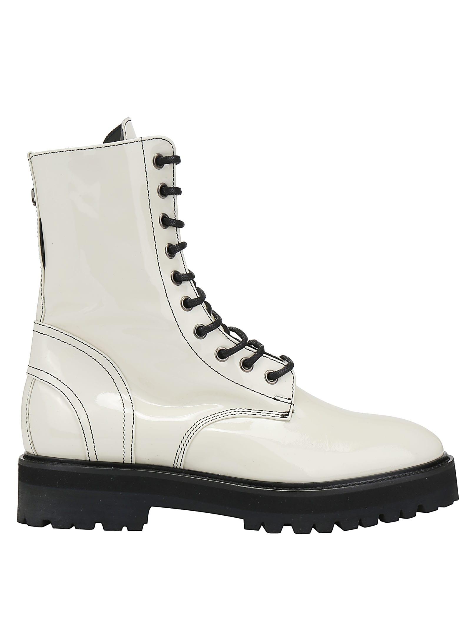 Dawni Boots