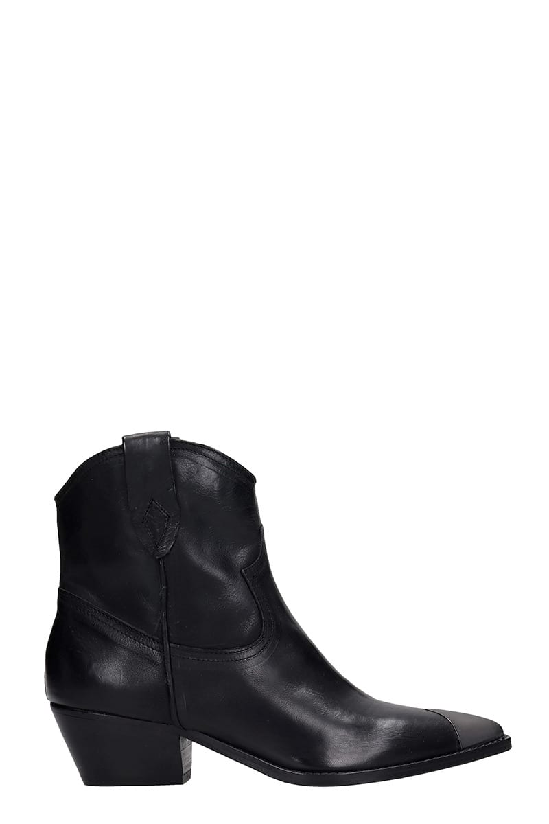 Julie Dee Texan Ankle Boots In Black Leather