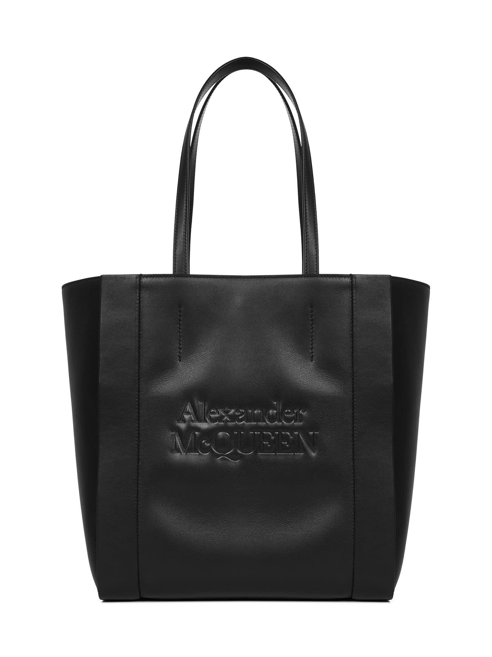 Alexander Mcqueen Signature Shoulder Bag In Black